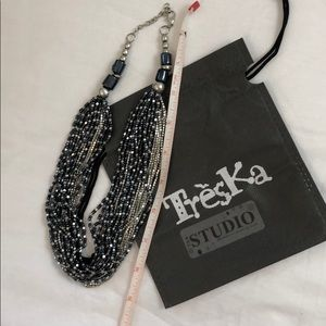 Treska Studio EUC seed bead strand necklace